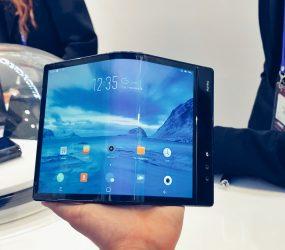 """El Primer Smartphone Plegable del mundo """"Royole Flexpai"""" – Todos los detalles."""